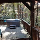 Loft, 3 Bedrooms, Fireplace (Pet Friendly) - Outdoor Spa Tub