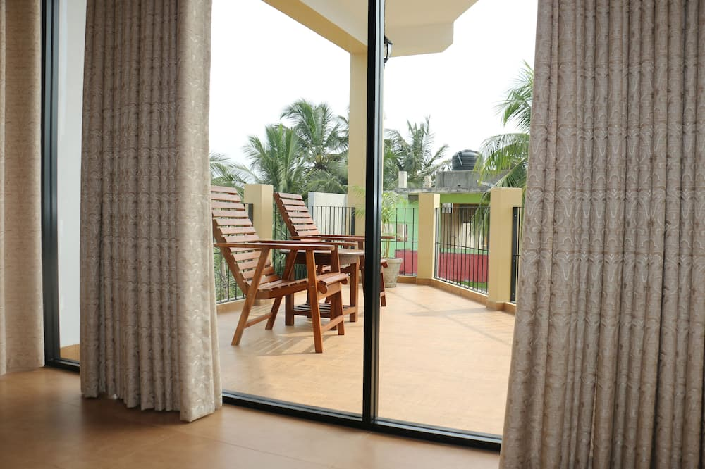 Family Room with Sea View - Balkon