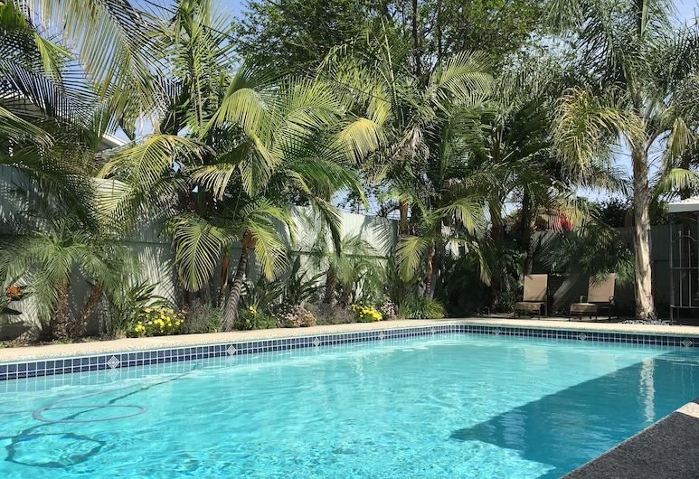 Palm Villa, Anaheim, Alberca al aire libre