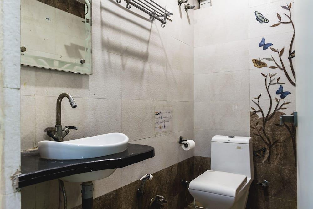 Bendrabutis, 1 viengulė lova, Nerūkantiesiems - Vonios kambarys