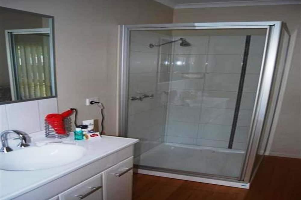 Comfort Double Room, 1 Queen Bed, Non Smoking - Bathroom