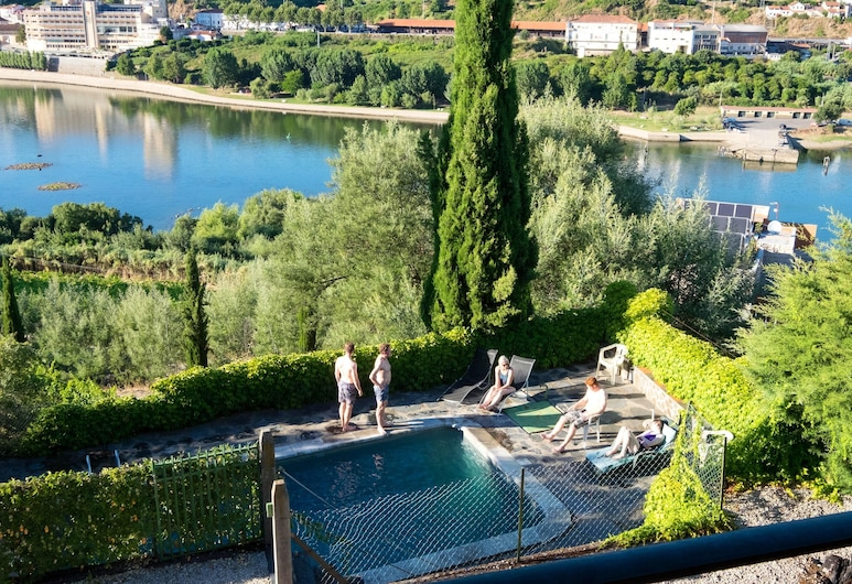 Villa With 3 Bedrooms in Lamego, With Wonderful Mountain View, Private Pool, Enclosed Garden - 3 km From the Beach, Lamego, Pool