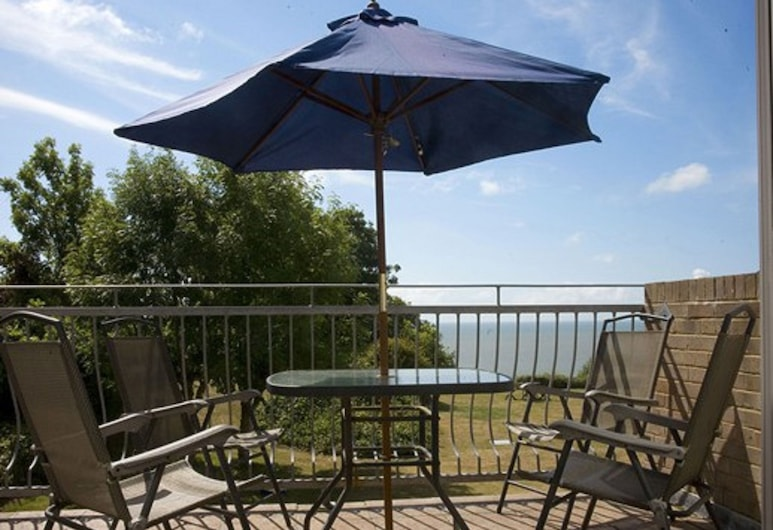 Woodcliffe Holiday Apartments, Ventnor, Terrasse/Patio