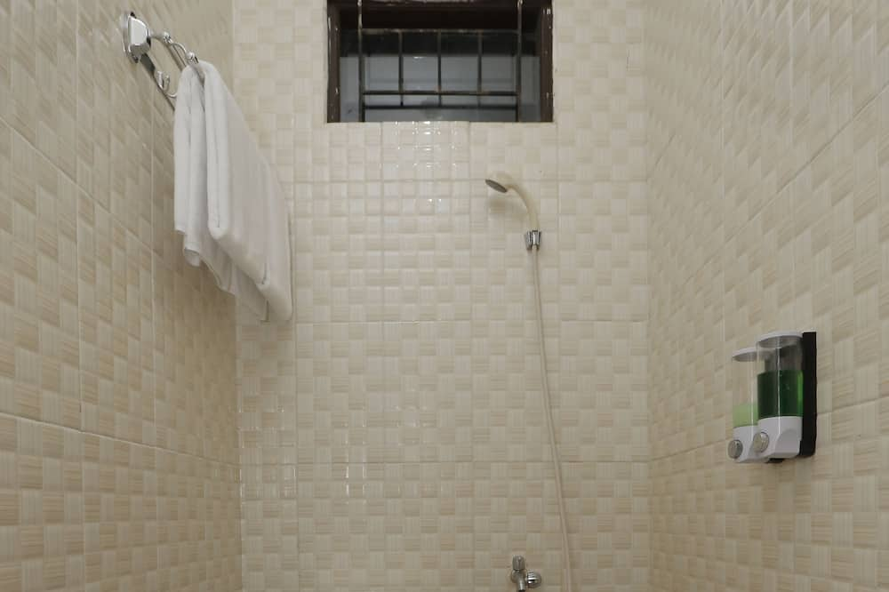 Standard Double Room, 1 Double Bed, Private Bathroom - Bathroom