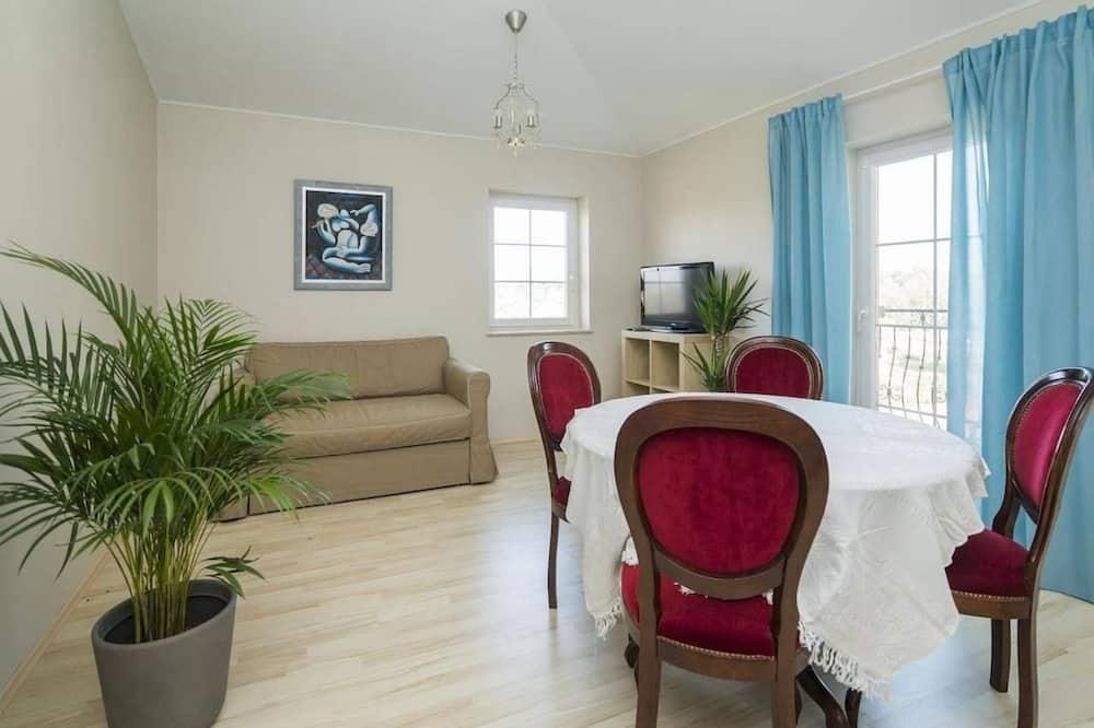 Апартаменти, 1 спальня, з балконом - Обіди в номері