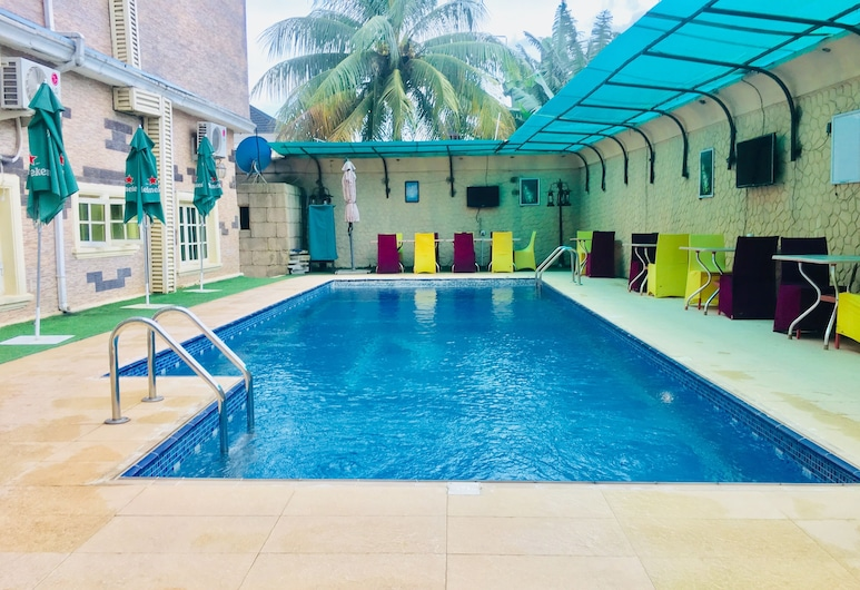 Eterno Hotels Limited, Benin City, Außenpool