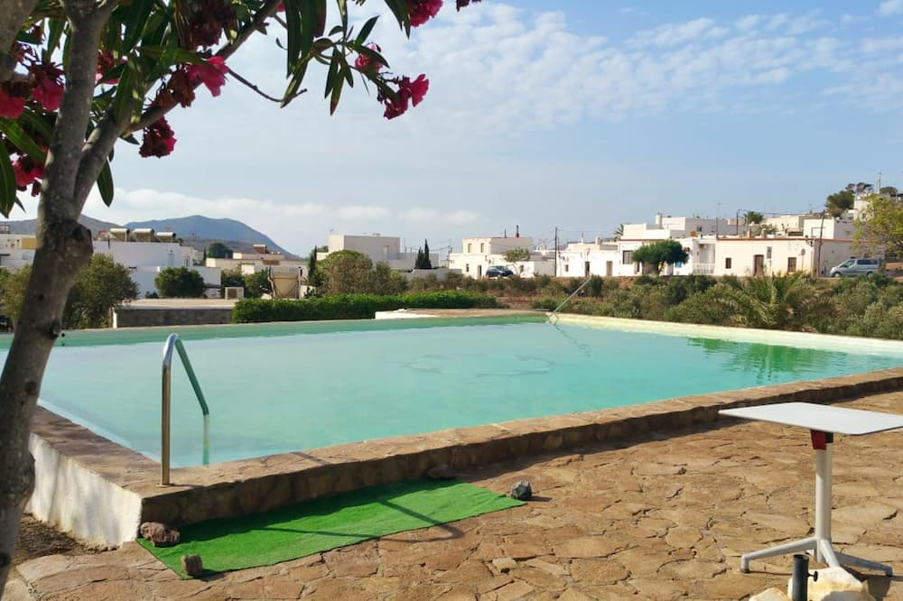 House With 2 Bedrooms in El Pozo de los Frailes, With Wonderful Mountain View, Shared Pool, Furnished Terrace - 3 km From the Beach