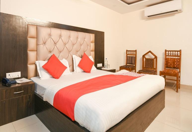 OYO 14721 Hotel Vishesh Continental, New Delhi, Deluxe dvokrevetna soba, 1 queen size krevet, Soba