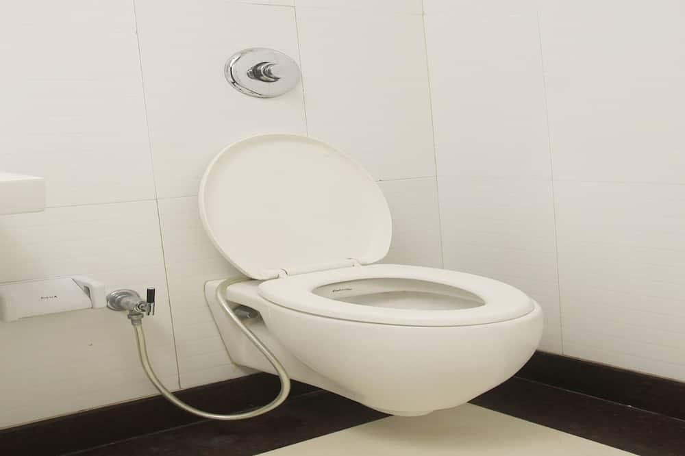 Kamar Double atau Twin - Kamar mandi