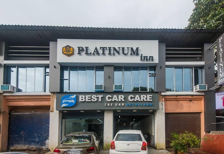 OYO 17371 Platinum Inn, Bombay