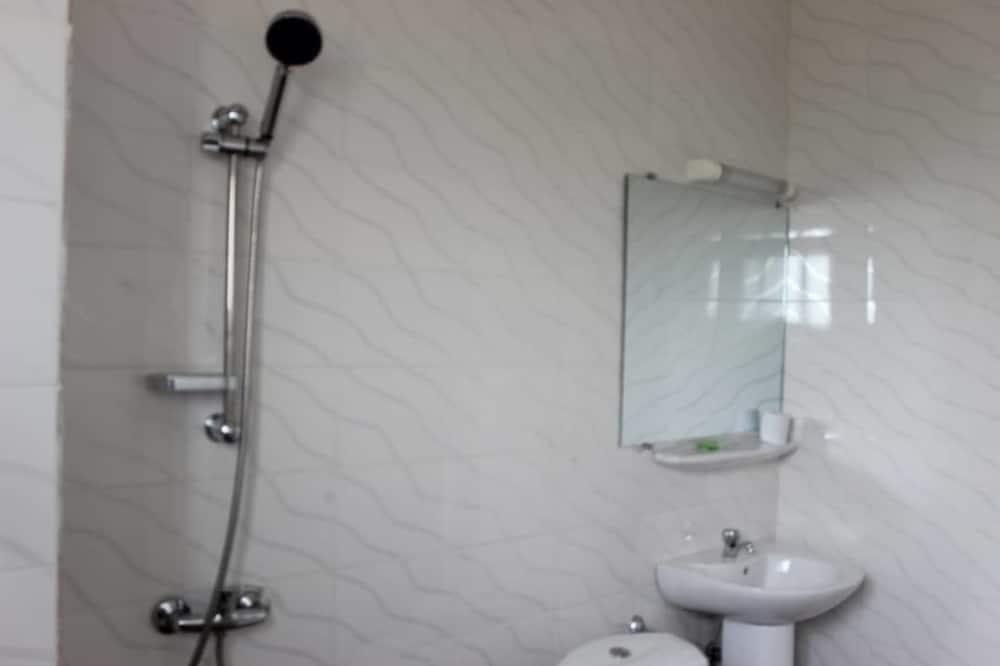 Superior-Zimmer, Nichtraucher, Seeblick - Badezimmer