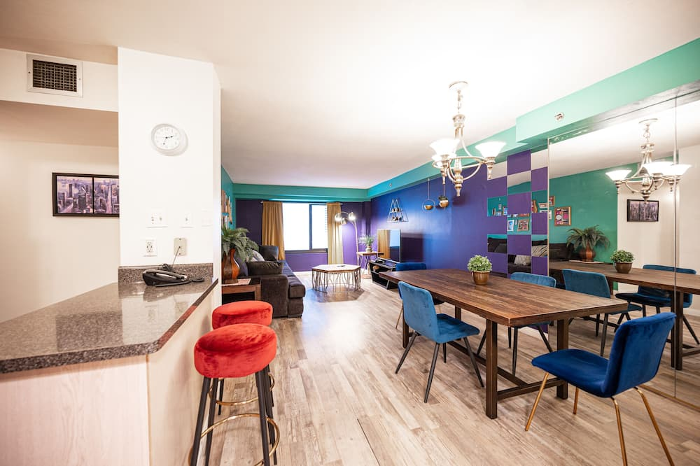 Superior Apartment, Multiple Beds, Non Smoking - Living Area