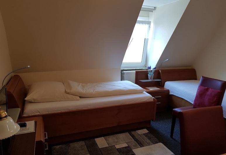 City Hotel Garni, Hamelin, Standard Double Room Single Use, Guest Room