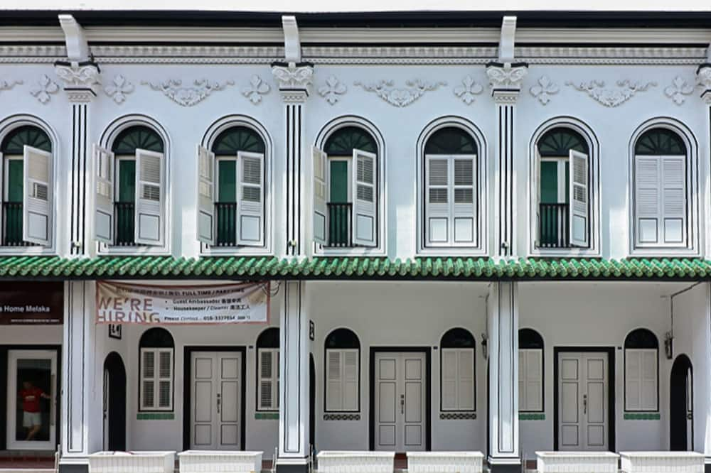 Muk by Victoria Home Melaka, Malacca City