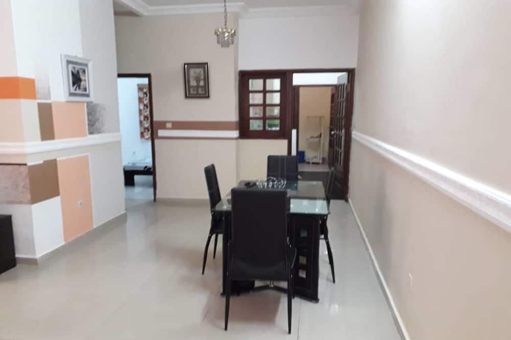 Superior Apartment, 1 Bedroom, Non Smoking - Living Room