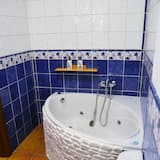 Double Room, Jetted Tub - Bathroom