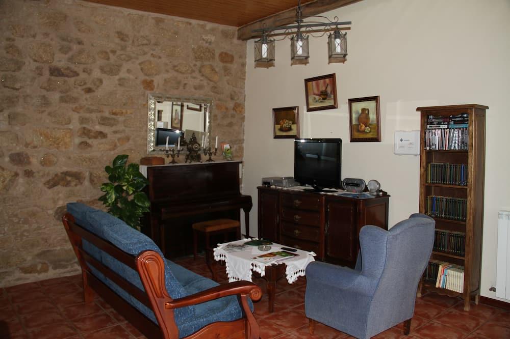 House, 2 Bedrooms (A Palleira) - Garden View