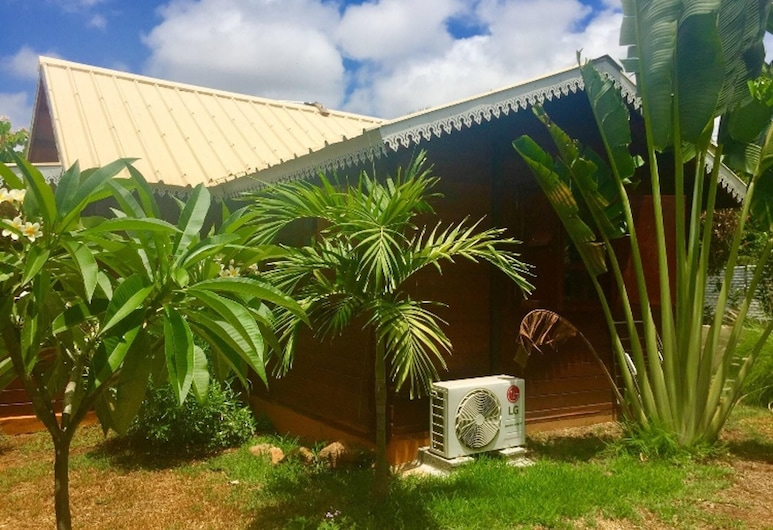 House With 2 Bedrooms in Albion, With Shared Pool, Enclosed Garden and Wifi - 100 m From the Beach, Albion, Taman