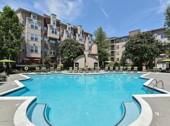 Picture of Luxury Lindbergh Apartments by Hosteeva in Atlanta