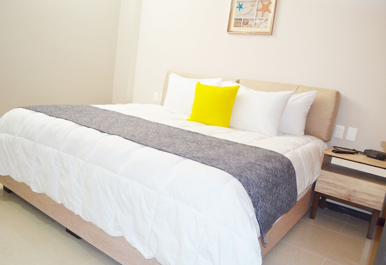 Marina Suites, Mazatlan, Superior Suite, 3 Bedrooms, Non Smoking, Marina View, Room