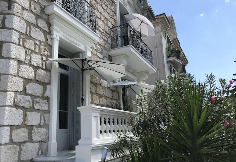 Villa le Nid by Gîtes de France, Nizza, Eingangsbereich