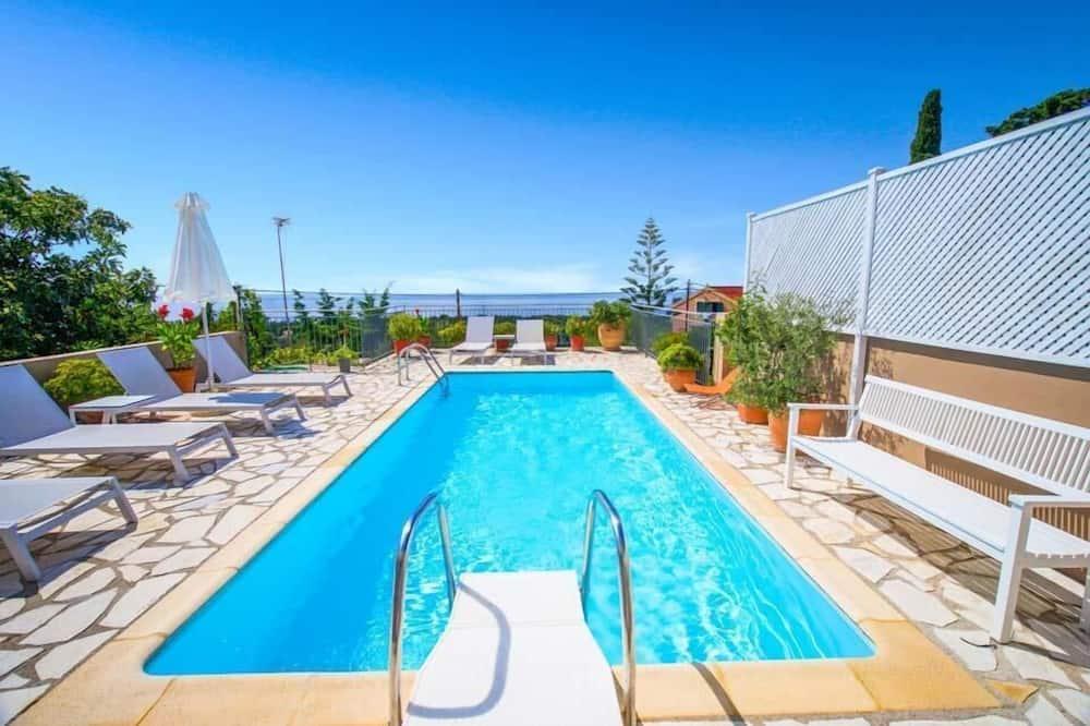Вилла, 3 спальни, отдельный бассейн, вид на море - Индивидуальный бассейн