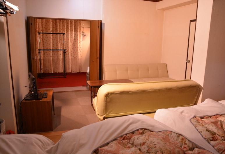 Montblanc Hakuba Familia, Hakuba, Twin Room with Private Bathroom and Sofa Bed, Guest Room