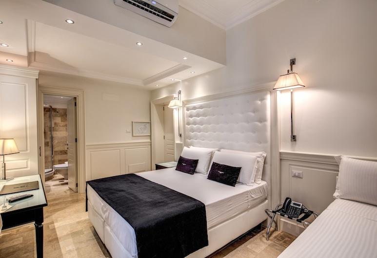 Hotel dei Quiriti Suite, Rome, Chambre Triple Standard, Chambre