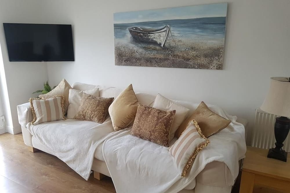 Holiday Home - Living Room