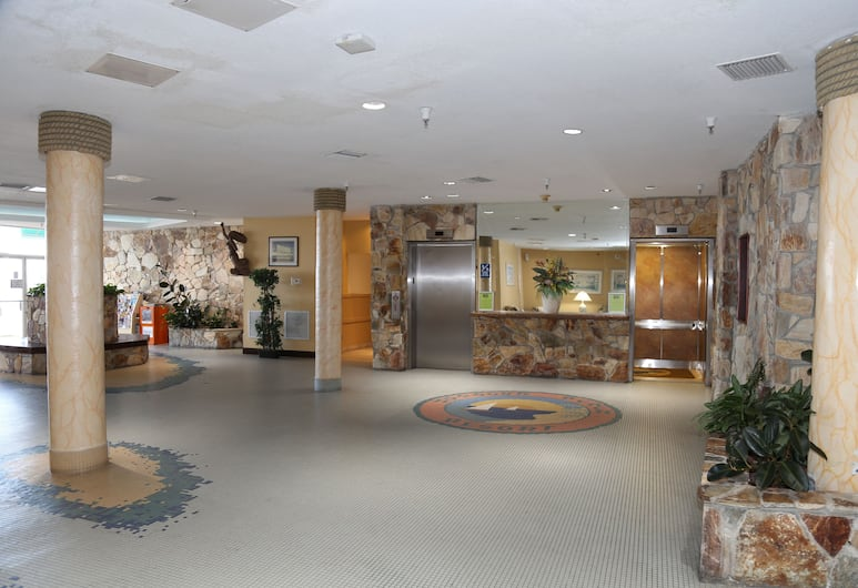 Studios in Daytona Beach, Daytona Beach, Lobby