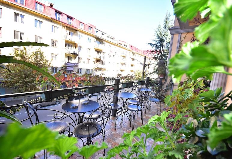 Hotel Chao , Batumi, Jardín