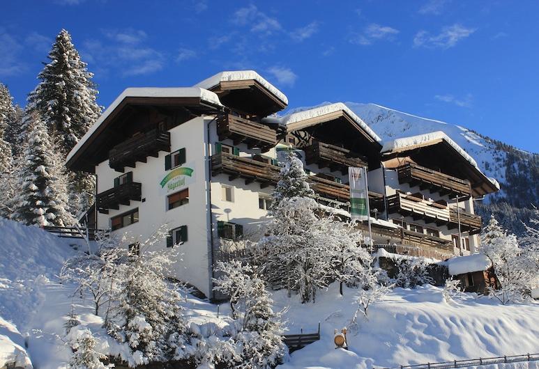 Jägerhof Geniesser & Wanderhotel, San Leonardo in Passiria