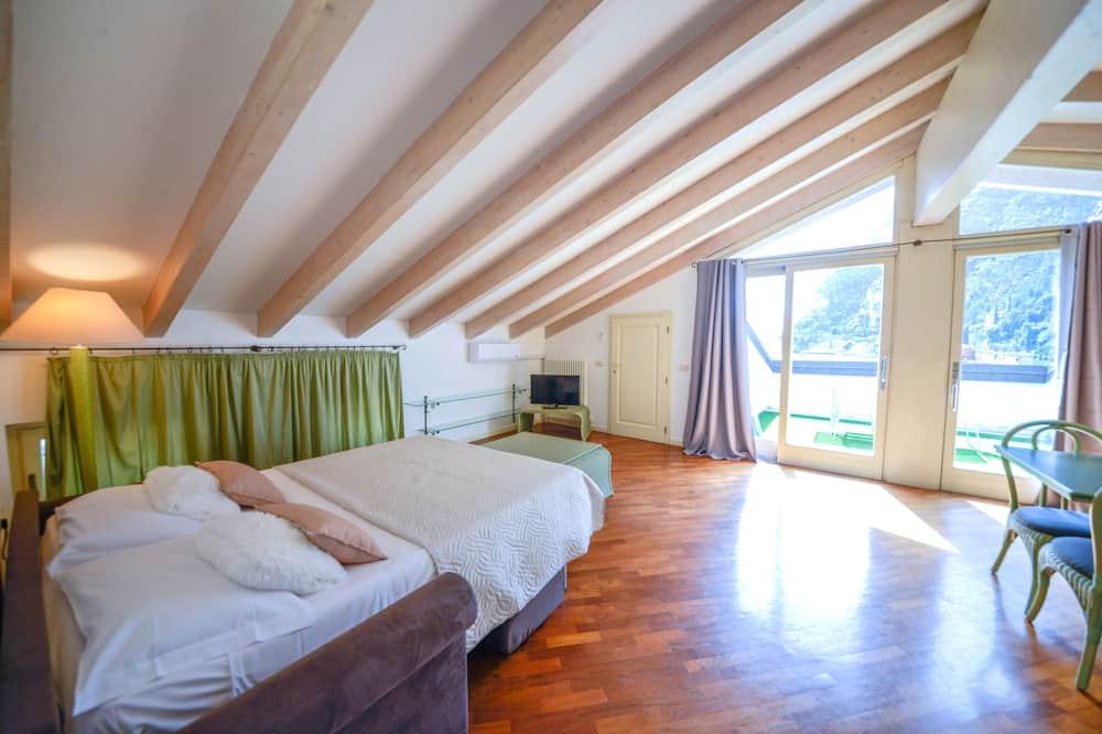 Apartment, 1 Bedroom (310) - Room