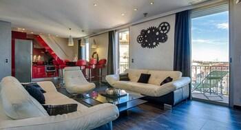 Hình ảnh RG Duplex - 4 chambres -  LRA Cannes tại Cannes