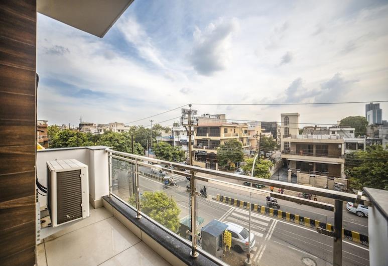 FabHotel Noida Suites Sector 20, Noida, Chambre Deluxe, 1 lit double, non-fumeurs, vue ville, Balcon