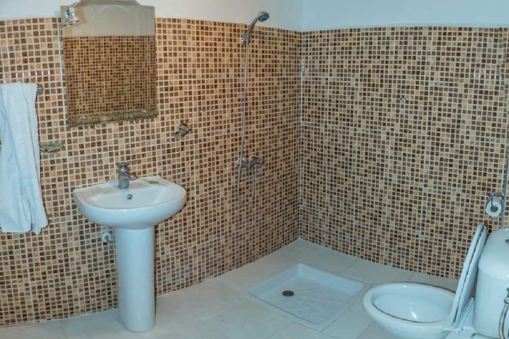 Comfort Τρίκλινο Δωμάτιο, 5 Υπνοδωμάτια - Μπάνιο