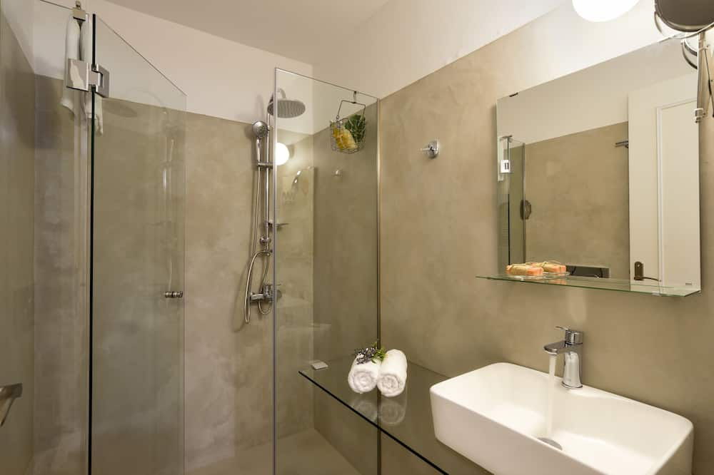 Superior Studio (Back View) - Bathroom