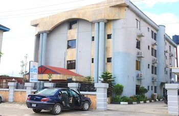 Enter your dates for our Port Harcourt last minute prices