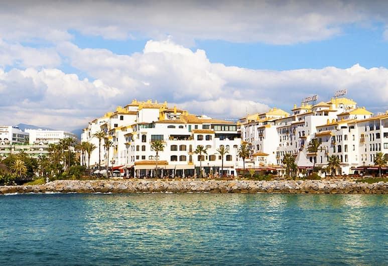 Park Plaza Suites Apartamentos, Marbella