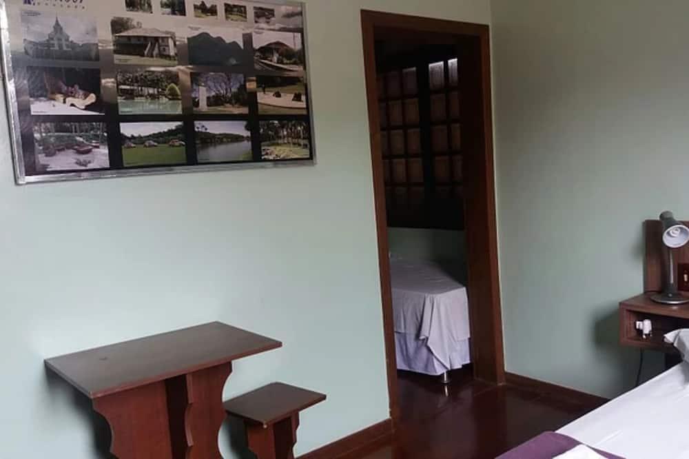 Suite (Tripla) - Guest Room