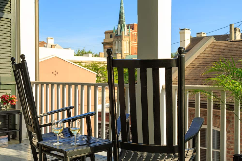 Luxury Double Room, 1 Queen Bed, Balcony, Courtyard View - Balcony