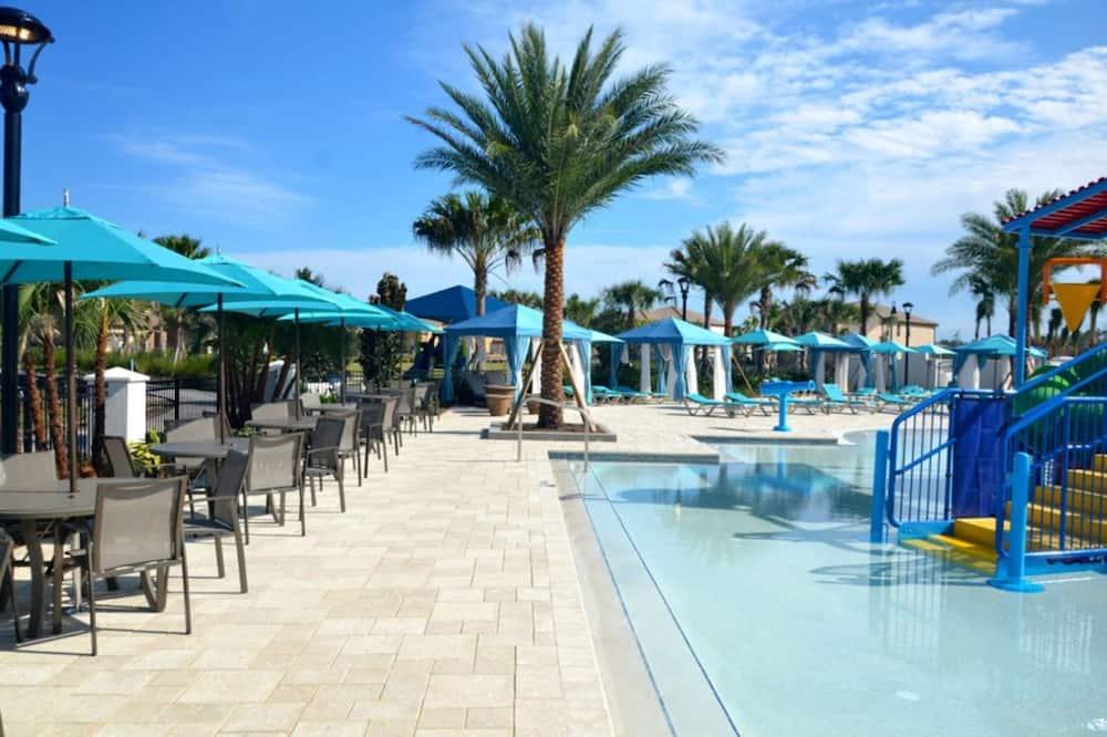 Villa, több ágy - Kültéri medence