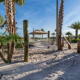 Townhome, 4 Bedrooms - Beach