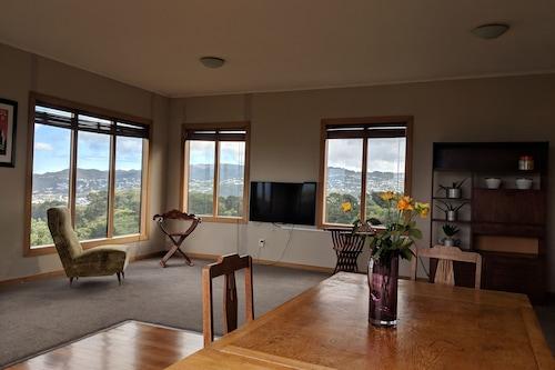 高架、日当たりの良い家-素晴らしい景色、中央、コンチネンタルブレックファースト/