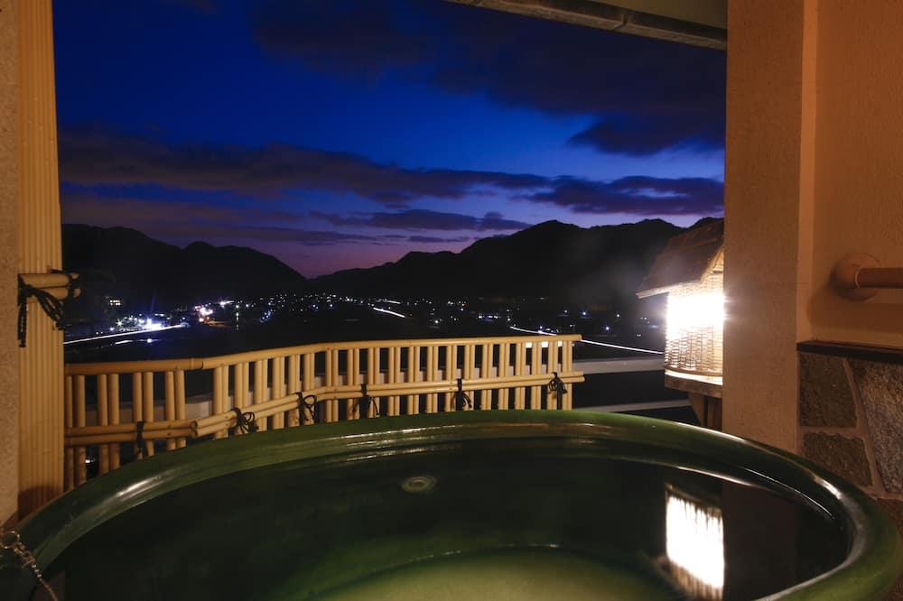 Chambre, fumeurs (Japanese Western Style, Open Air Bath) - Baignoire profonde