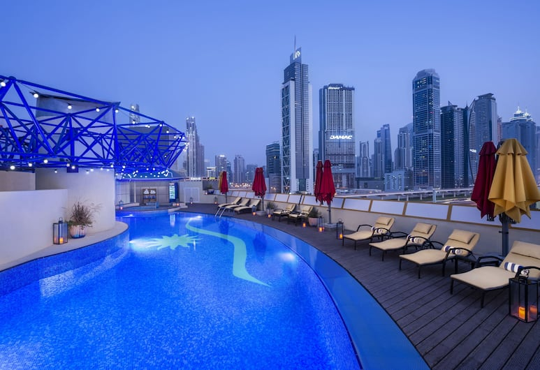 Leva Hotel and Suites, Mazaya Centre, Dubai, Rooftop Pool