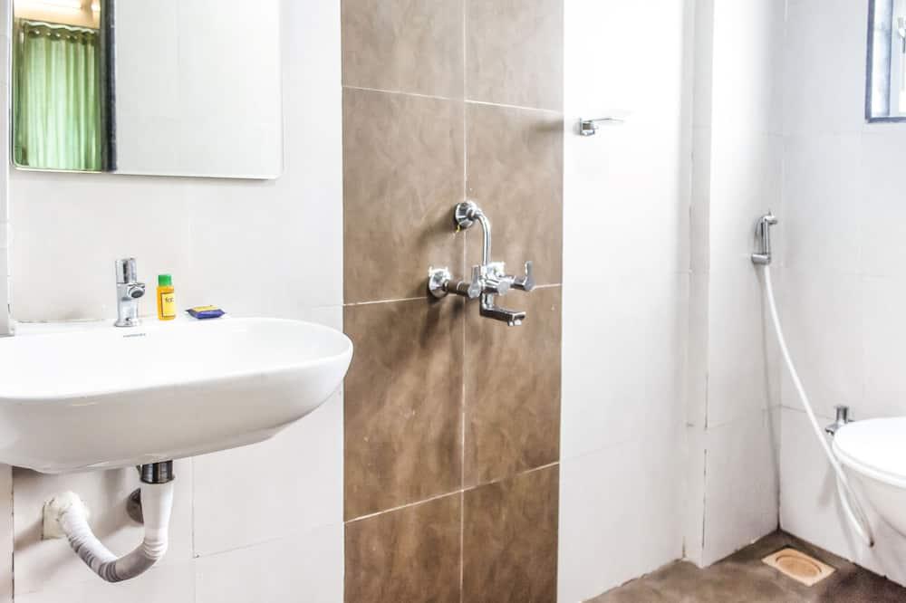 Deluxe kamer, 1 tweepersoonsbed, niet-roken - Badkamer