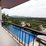 3-Bedroom with Private Pool - Balkon