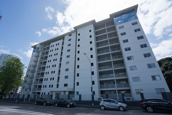 Gambar 2 Bedroom Apartment in Central Location di Auckland