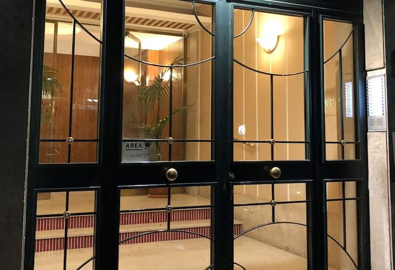Le Vie del Vaticano, רומא, חזית המלון - ערב/לילה
